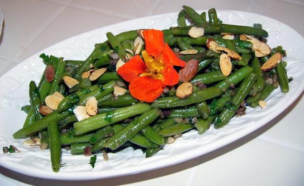 Вкусные салаты с оливкамиы с фото